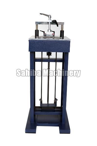 Photo Frame Pinning Machine 03