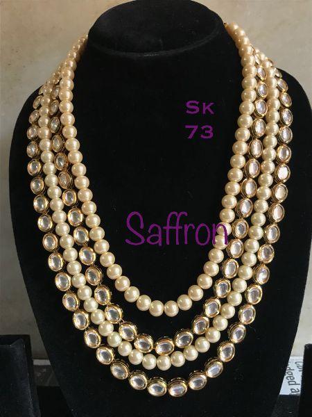 Pearly Neckpiece SK 0073