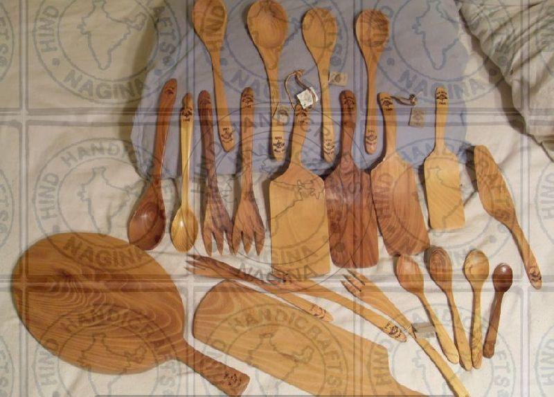 HHC171 Wooden Cutlery Set