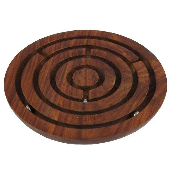 HHC195 Wooden Labyrinth Game
