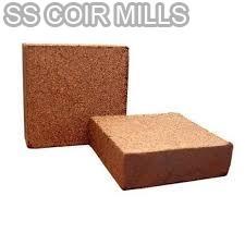 Coir Pith Blocks 01