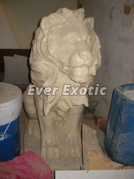 Fiber Statue 05