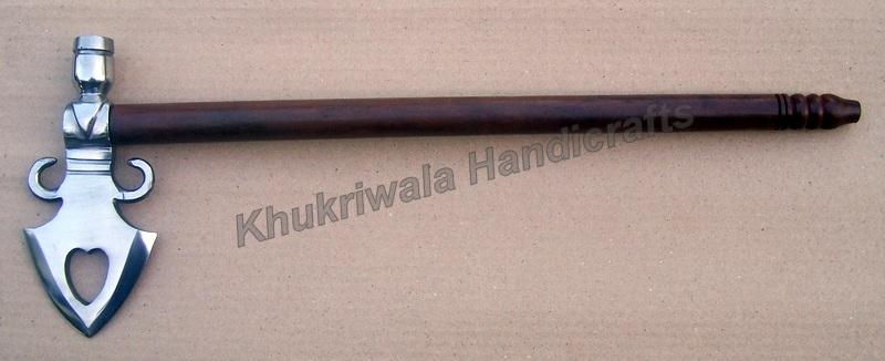 TH04 Fleur De Lis Steel Pipe Hawk