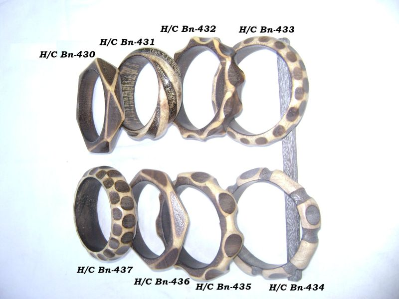 HHC141 Designer Wooden Bangle