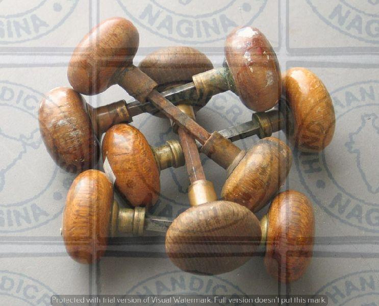 HHC184 Wooden Door Knob