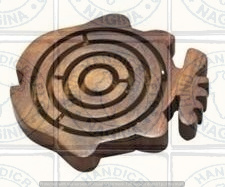 HHC193 Wooden Labyrinth Game