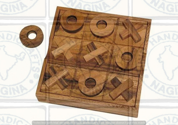 HHC202 Wooden Tic Tac Toe Game