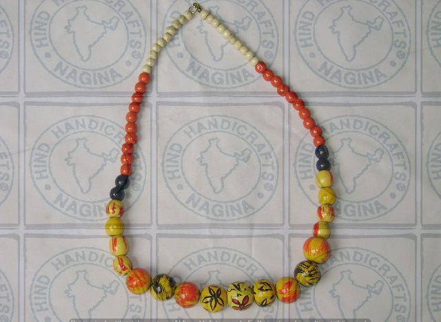HHC224 Wooden Necklace