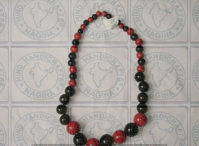 HHC225 Wooden Necklace