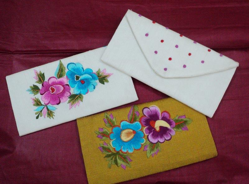 Un Envelopes