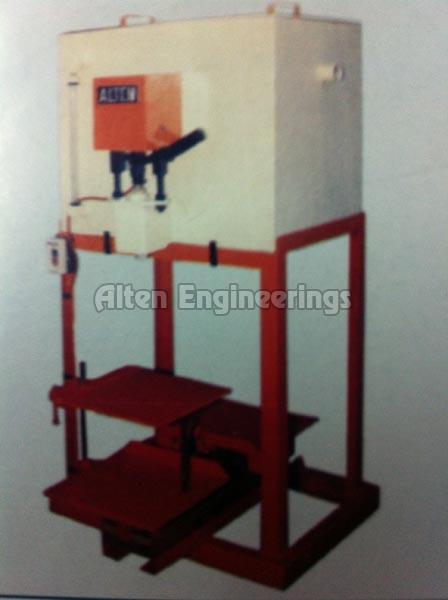 Semi Auto Tin Filling Machine
