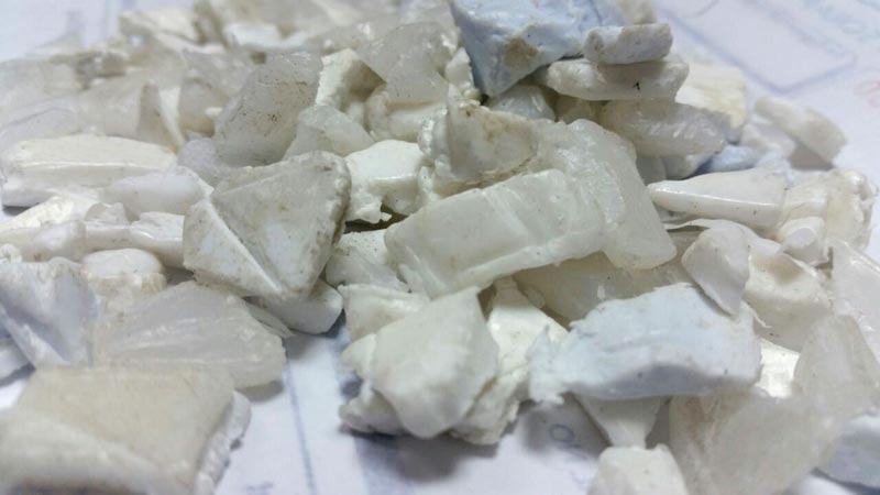 White PP Grinding Flakes 01