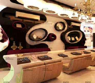 Jewelry showroom interior designing services in ghaziabad for Jewellery interior designs
