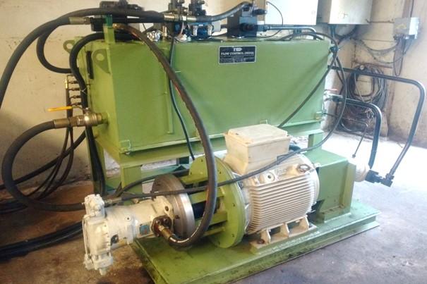Hydraulic Pump 02