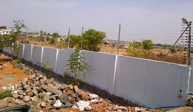 Solar Power Security Fencing