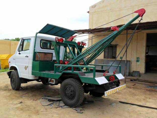 Vehicle Recovery Cranes