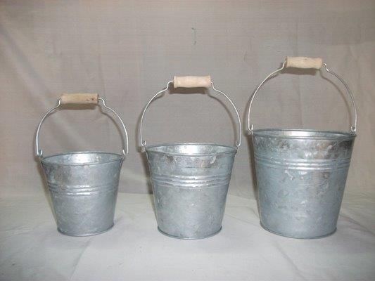 Zinc Bucket 01