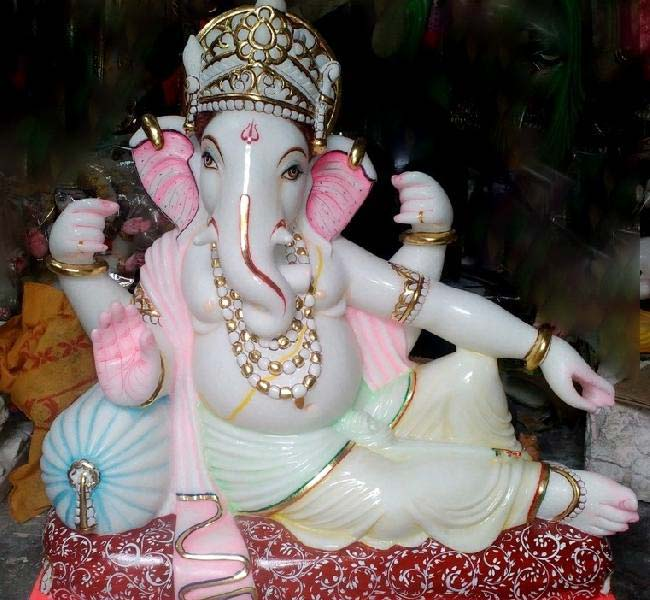 Ganesha Statue 04