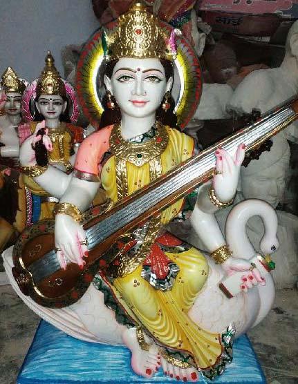 Saraswati Mata Statue 02