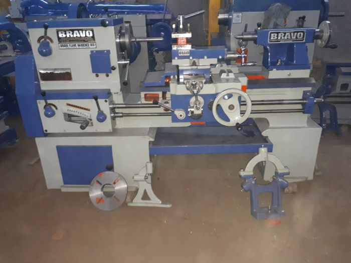 Cone Pulley Type Lathe Machine