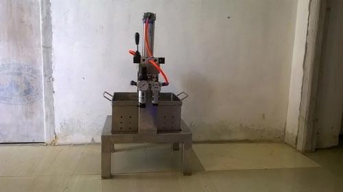 Pneumatic Soya Paneer Press