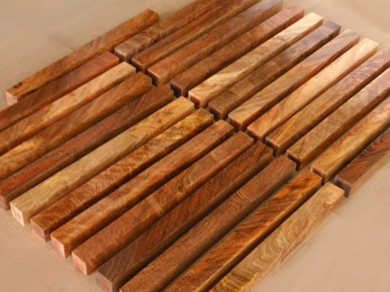 Mango Wood 02