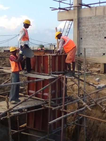 High Mast Installation & Repairing 02