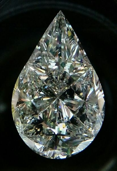 Pear Pie Cut Diamond 01