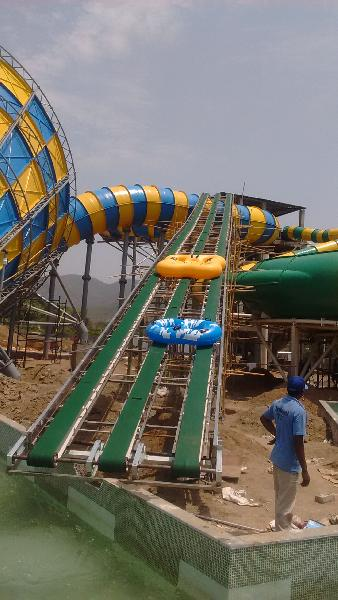 Water Park Tube Conveyor