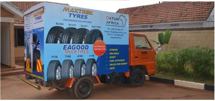 Mobile Van Branding Service 05