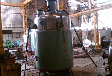 Solid Liquid Reactor