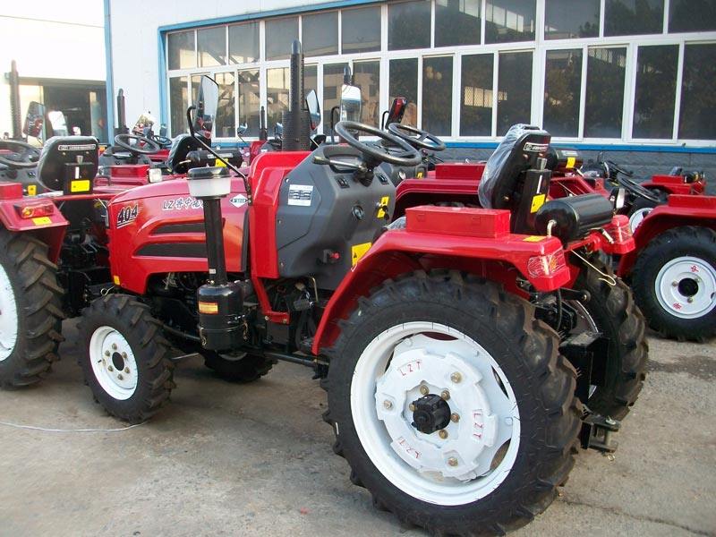 Tractor 03