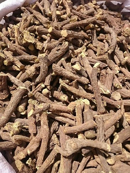 Hand Selected Licorice Roots