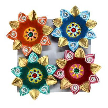 Decorative Kundan Diyas
