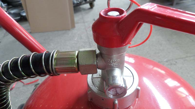 Dry Powder Fire Extinguisher 02