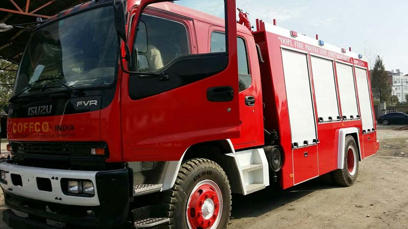 Fire Fighting Truck 01