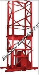 Builder Hoist Machine 01