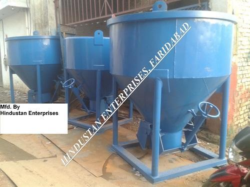 Ordinary Center Discharge Controlled Concrete Bucket 02