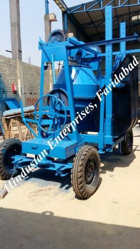 Two Pole Concrete Mixer with Mechanical Lift 02