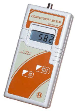 Digital Conductivity Meter - 621 (Handheld)