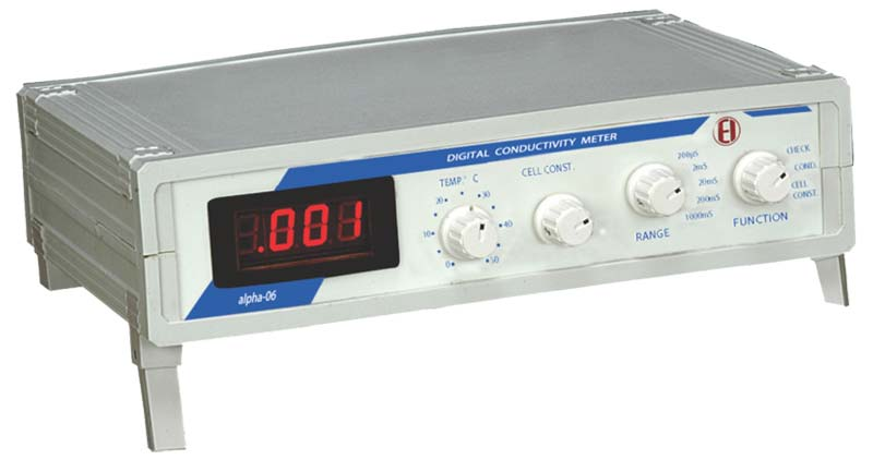 Digital Conductivity Meter : Conductivity meter portable