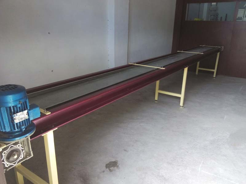Conveyor System 02