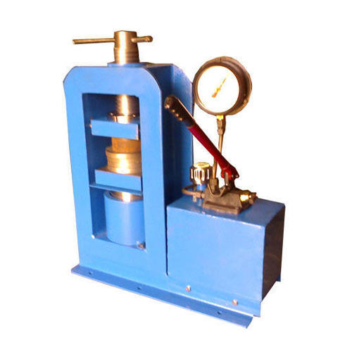 Semi Automatic Compression Testing Equipment With Three Load Gauge
