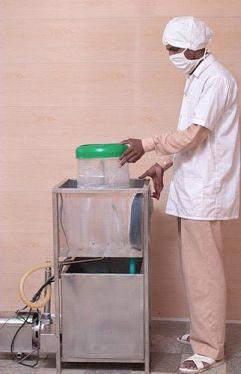 Jar Rinsing Machine