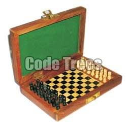 Wooden Chess Set 02