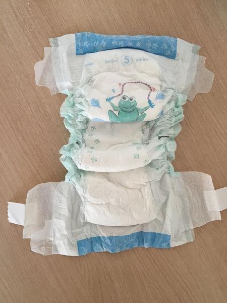 Baby Diaper Bales 06