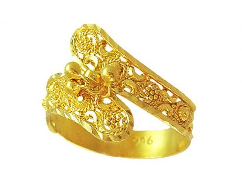 Ladies Gold Ring 02