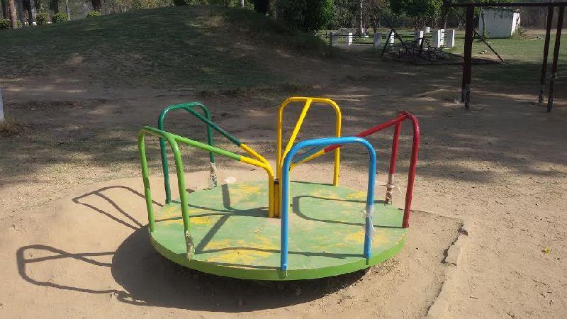 Playground Merry Go Round 07