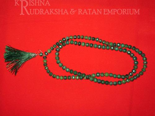 Emerald Panna Mala