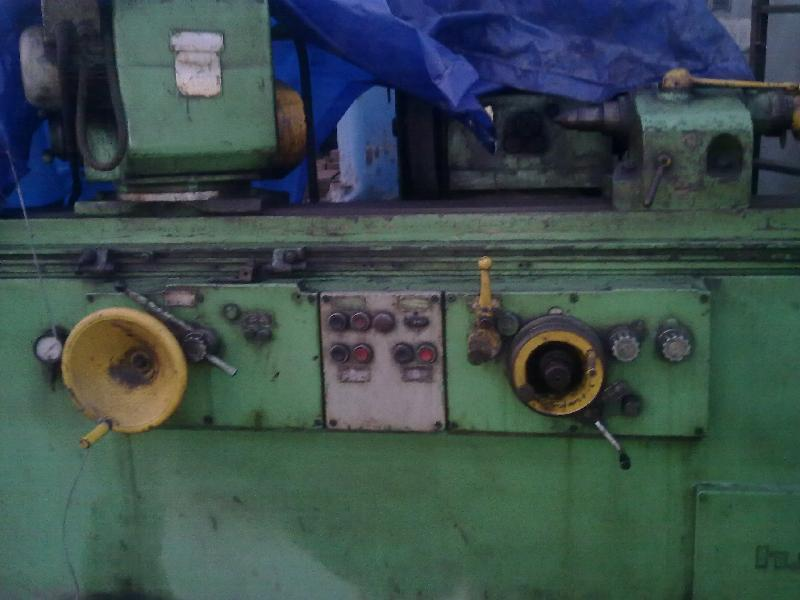 Used Cylindrical Grinding Machine (HMT G17U)